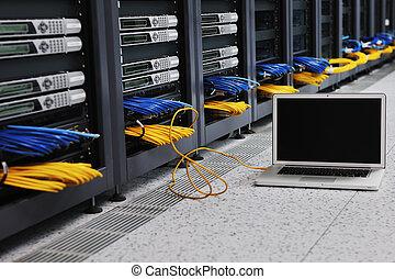 computer portatile, stanza, server rete
