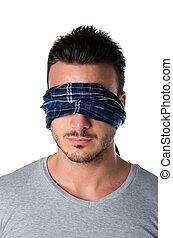 con los ojos vendados, joven, headshot, hombre