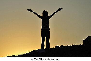 conceito, liberdade, mulher, silueta, jovem