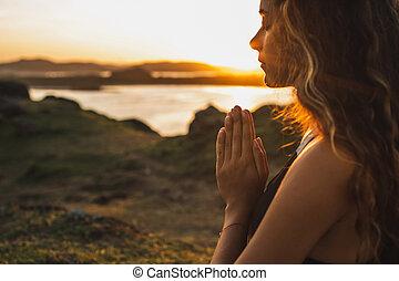 conceito, sozinha, espiritual, orando, emocional, sunrise., mulher