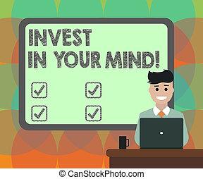 conceito, texto, laptop, bordered, você mesmo, desk., em branco, sorrindo, educação, seu, conhecimento, adquira, assalte, escrita, atrás de, mind., tábua, novo, melhorar, mais, negócio, sentando, homem, palavra, investir