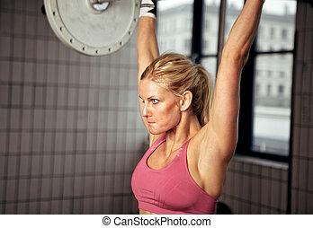 concentrado, mulher, musculação