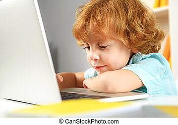 concentrati, aiuto, studiare, preschooler, nuovo, tecnologie