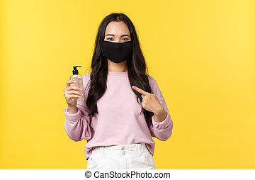 concept., 妨げなさい, ライフスタイル, 広がり, 心配, 衛生, の間, 手, sanitizer, 黄色, マスク, アジア人, 個人的, covid-19, 顔, pandemic, social-distancing, 指すこと, coronavirus, 取得, 女の子, ウイルス, 背景