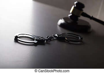 concept., criminel, droit & loi