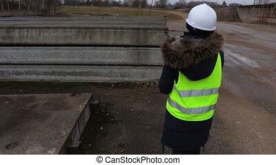 concept, femme, inspecteur, industrie construction
