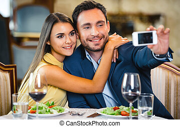 Concept for romantic dinner in expensive hotel - Photo of...