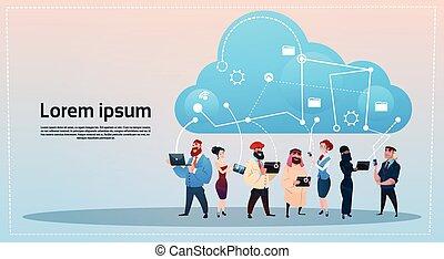 concept, groupe, réseau, base données, communication, gens, gadgets, mélange, course, social, utilisation, nuage