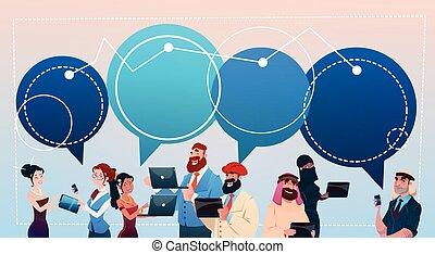 concept, groupe, réseau, gens, communication, gadgets, mélange, course, bavarder, social, utilisation, bulles