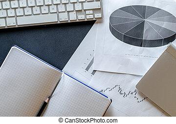 concept, image, contrôle, analyse, cahier, finance, données, graphiques, diagramme, arrière-plan., bureau., concept., rassemblement, working., statistique, diagrammes
