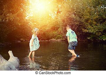 concept, jonge, rivier, exploratie, siblings, spelend