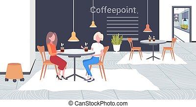 concept, point, communication, moderne, table, café, femmes affaires, filles, deux, intérieur, réunion, plat, café, entiers, business, séance, boisson, coupure, pendant, horizontal, travail, longueur, temps, discuter