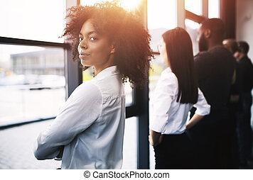 concept, regard, loin, association, démarrage, collaboration, hommes affaires, future.