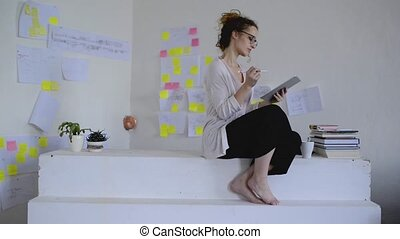 concepteur, fonctionnement, tablet., jeune, architecte, ou