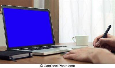 concepteur, tablette, portable utilisation, jeune, informatique, mains, maison