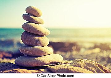 concepto, de, balance, y, harmony., rocas, en, el, costa,...