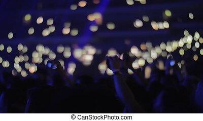 concert, foule, sombre, lumières, ventilateurs, music-hall
