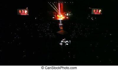 concert, gens, panorama, scène, chanteurs, salle