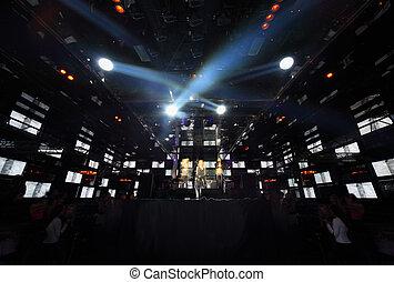 concert, leute, feuer, weisen, mädels, drei, nachtclub, musik, laut, buehne