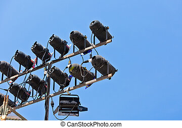 Concert lighting equipment