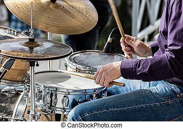 concert, musiker, während, straße, trommeln, hände, während, spielende