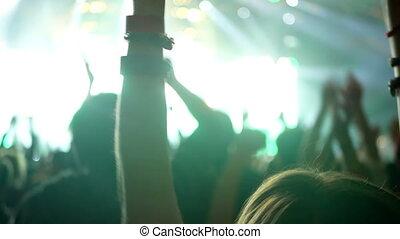 concert musique, foule, main
