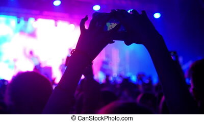 Concert phone music light - Concert live streaming mobile...