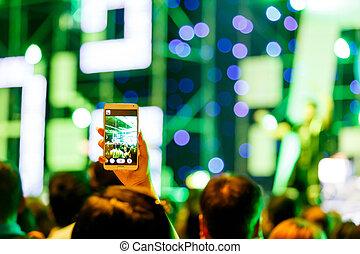 concerto, folla, foto, prendere, fronte, palcoscenico