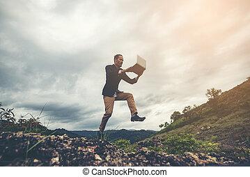 concetto, affari, sopra, lavoratore, saltare, uomo affari, montagna