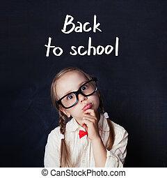 concetto, arte, indietro, cultura, ragazza, educazione, formula, divertente, poco, concetto, creatività, idee, nero, asse, matematica, studente, bambino, aula, capretto, ragazzo, scuola, gesso, pensare