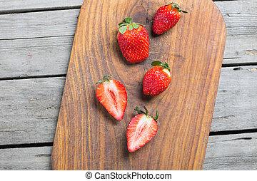 concetto, cima legno, legna taglio, fragole fresche, bacche, asse, rosso, vista