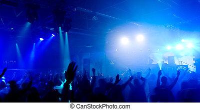 concierto, gente, foto, panorámico, ahorcadura fuera