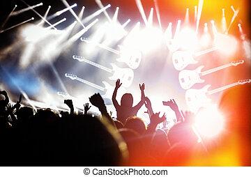 concierto, multitud, luces brillantes, siluetas, frente, ...
