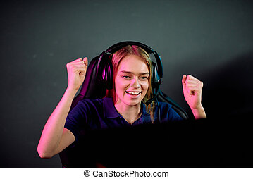 concurrence, jeu vidéo, gagnant, être, heureux