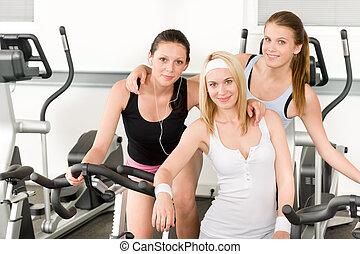 condición física, niñas jóvenes, girar, en, gimnasio, posar