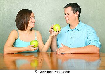 condivisione, adulti, coppia, giovane, verde, caucasico, mela