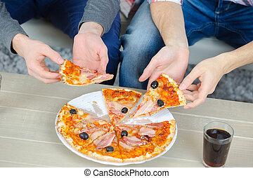 condivisione, amici, pizza