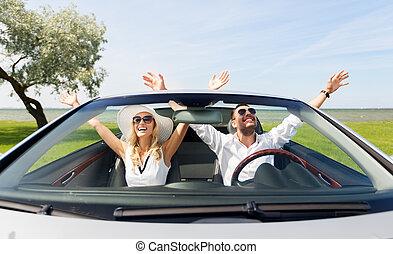 conducción, coche, mujer feliz, hombre, cabriolet