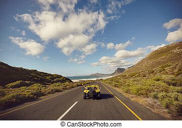 conduite, couple, jeune, bas, ouvert, excité, route