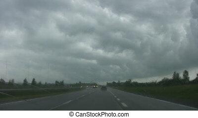 conduite, rainstorm.