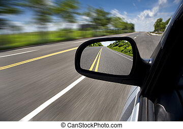conduite, voiture, foyer, par, route, miroir, vide