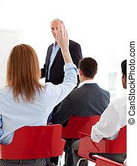 conférence, élévation, elle, main, femme affaires, haut