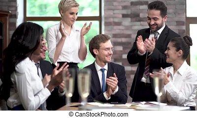 conférence, après, applaudir, professionnels