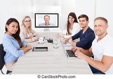 conférence, assister, vidéo, equipe affaires