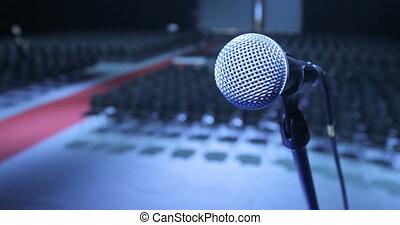 conférence, backlight., microphone, bureau, concept., performances., haut, attente, fin, conférence formation, projecteur, réunion, séminaire, étape