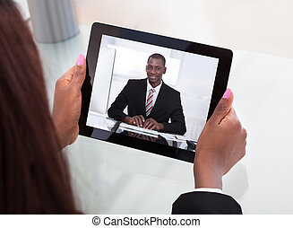 conférence, femme affaires, vidéo, assister