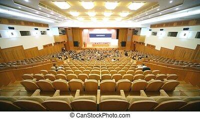 conférence, gens, bois, beaucoup, asseoir, grand, chaises, salle