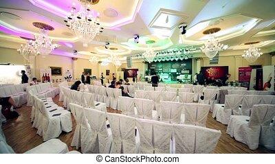 conférence, trophée, gens, asseoir, salle, plusieurs, 2011, russie, vin