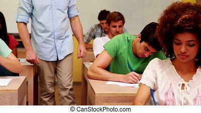 conférencier, classe, portion, étudiant
