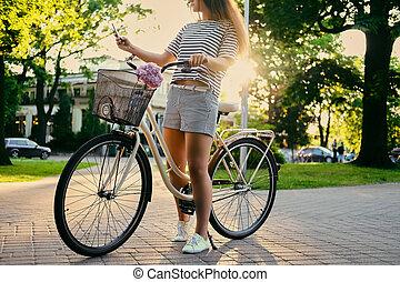 confection, selfie., femme, parc, vélo